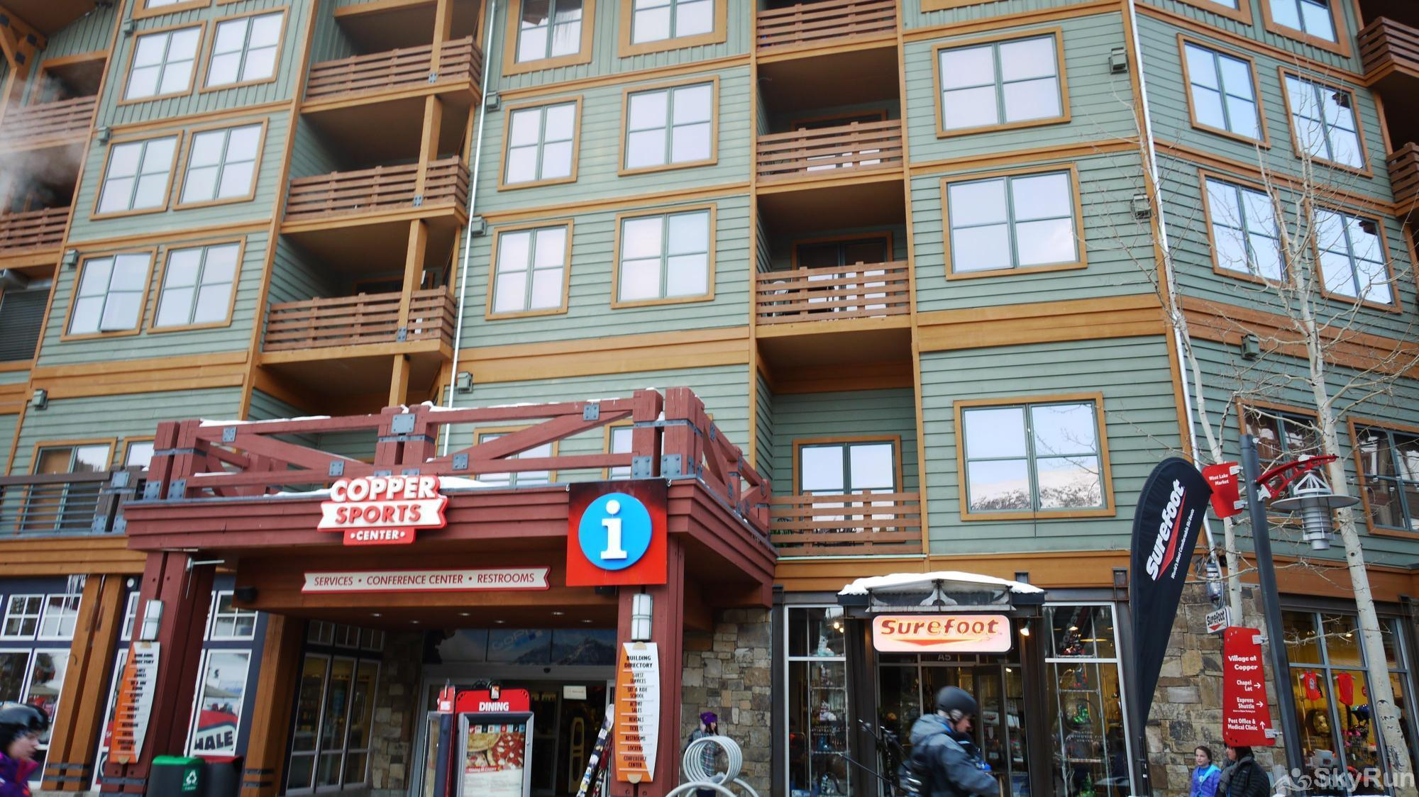 TL504 Telemark Lodge Center Village Shopping