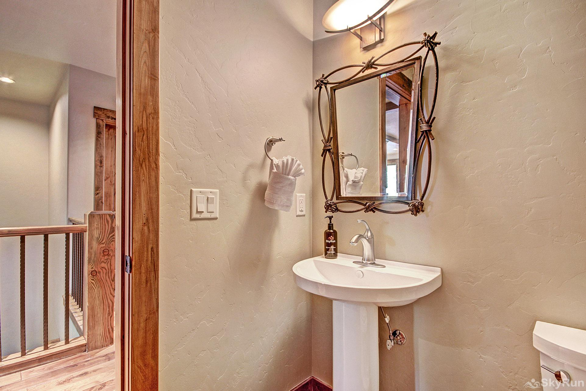 LR962 The Timberline at Lewis Ranch Main Floor Half Bathroom