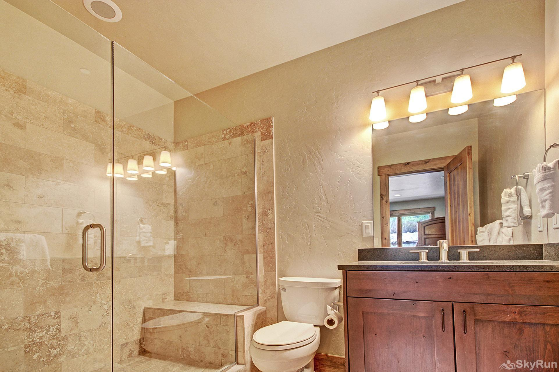 LR962 The Timberline at Lewis Ranch En Suite Full Bathroom to 4th Bedroom